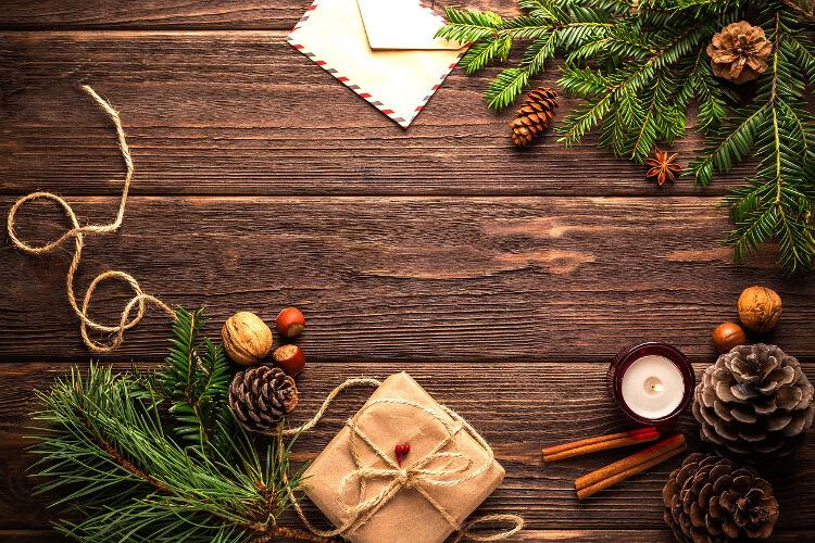 Karácsonyi ajándékcsomagolási ötletek – amiket a természet ihletett