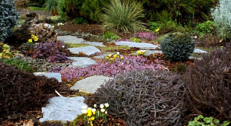 Lenyűgöző kerti utak: Egy kis ötlet is hatalmas különbséget hoz