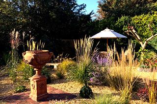 minimális gondozást igénylő kert építése